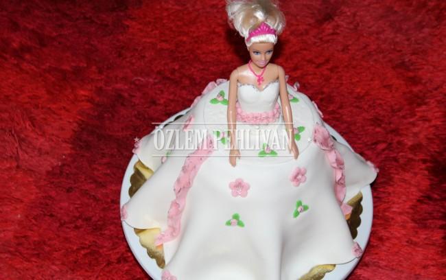 Elif ve Prenses Barbie Pasta