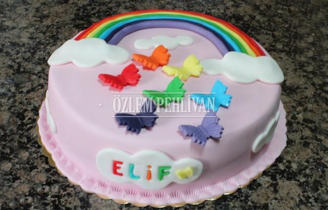 Elif ve Gökkuşağı Pasta